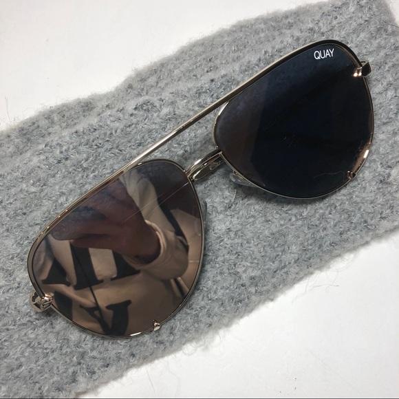 "353f4001dfc63 Quay Australia Accessories - Quay Desi Perkins ""High Key"" Sunglasses Gold"